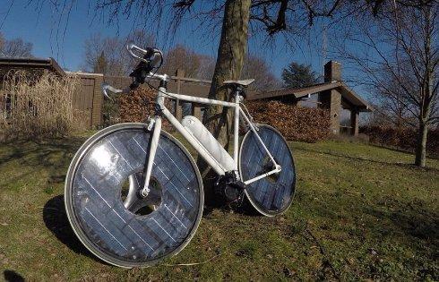 Создан электровелосипед на солнечных батареях