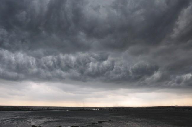 В грозовых облаках нашли «сгусток» антиматерии - 1