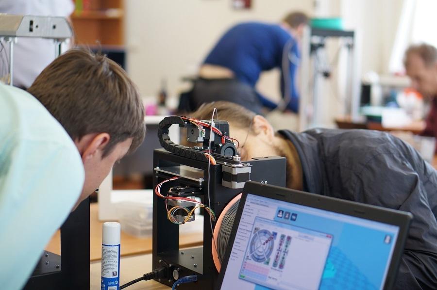 Тест-драйв 3D-принтеров Uni и Mini в Москве: первые впечатления - 5
