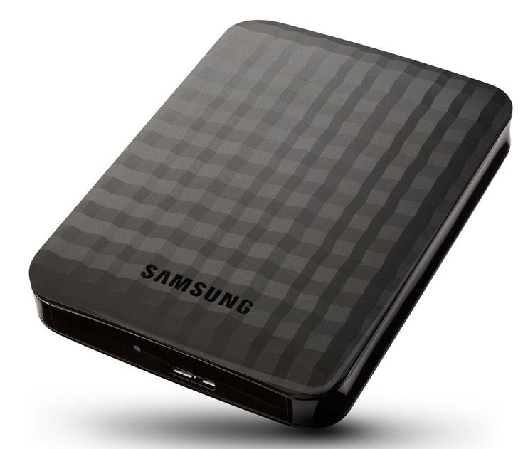 Толщина Samsung M3 Portable и Samsung P3 Portable — 20 мм, масса — 230 г