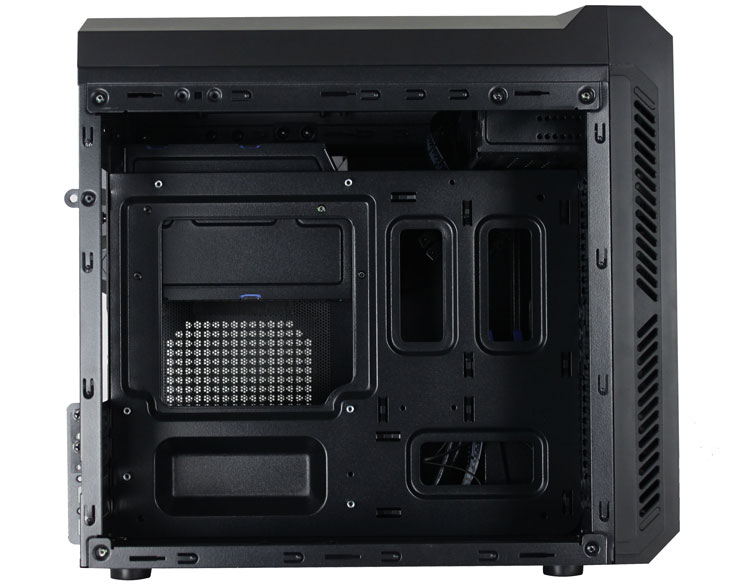 Корпус Antec P50 Window рассчитан на системные платы типоразмера microATX и mini-ITX