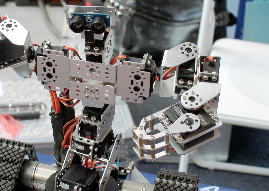 Выставка достижений робототехники — MakerFaire 2015 в китайском Шэньчжэне - 1