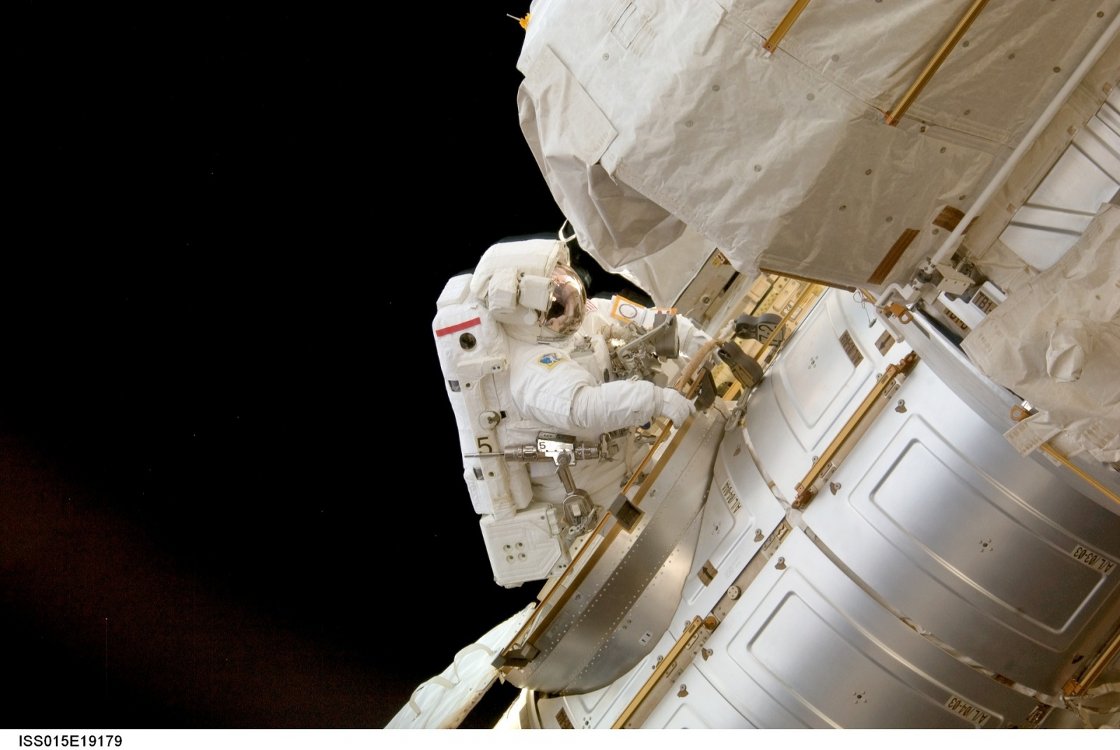 Как в НАСА виртуальная реальность помогает не уплыть в открытый космос - 2