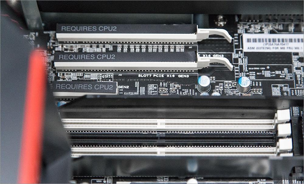 Два процессора, Карл! Анатомия Lenovo ThinkStation P900 - 40