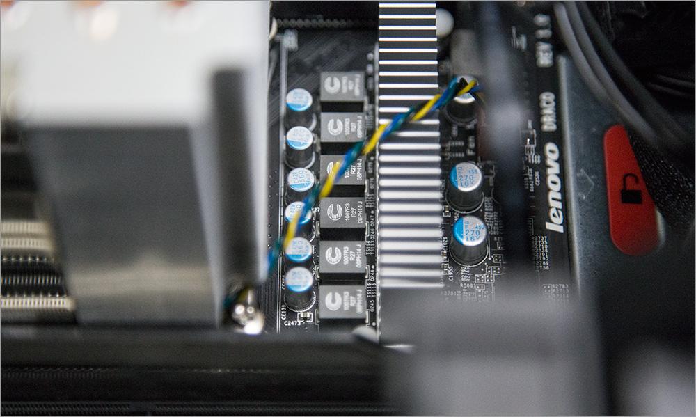 Два процессора, Карл! Анатомия Lenovo ThinkStation P900 - 45