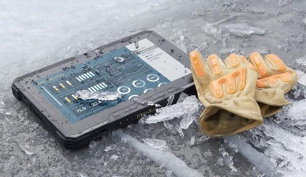 Dell утверждает, что планшет сможет проработать без подзарядки до 12 часов