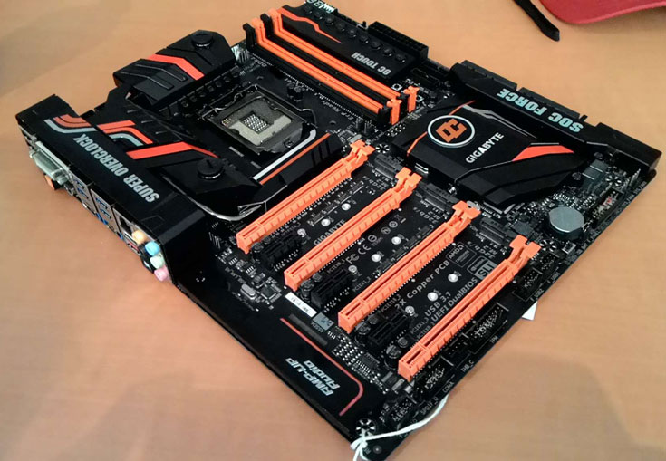 системная плата Gigabyte Z170-SOC Force