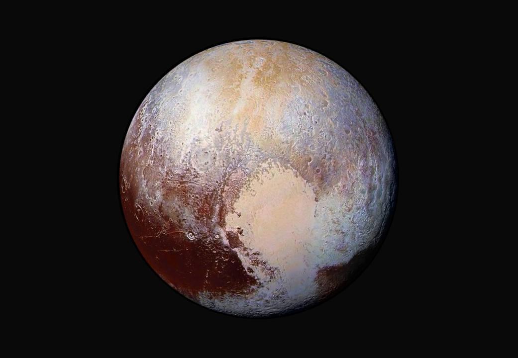Команда проекта New Horizons выложила фото Плутона в искусственно усиленных цветах - 1