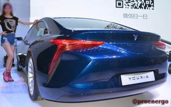 Китайская компания «Youxia» практически полностью скопировала электромобиль «Tesla» - 3