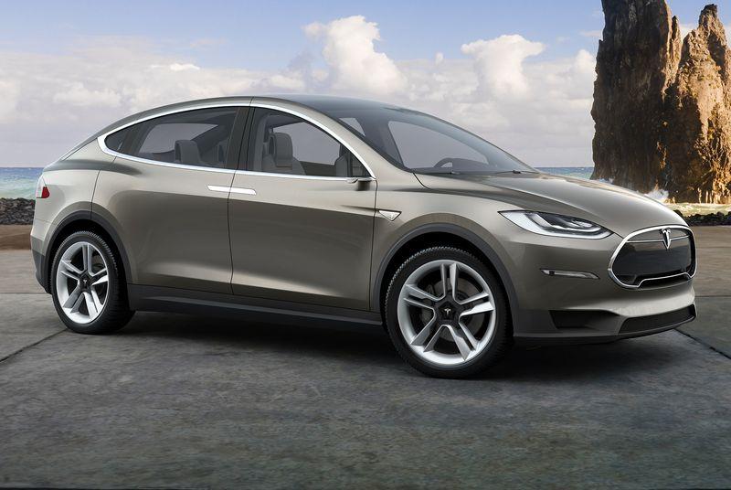 Tesla Model X поступит в продажу в сентябре - 1