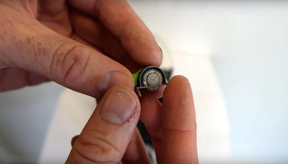 Умелец из Новой Зеландии распечатал самую маленькую в мире циркулярную пилу - 1