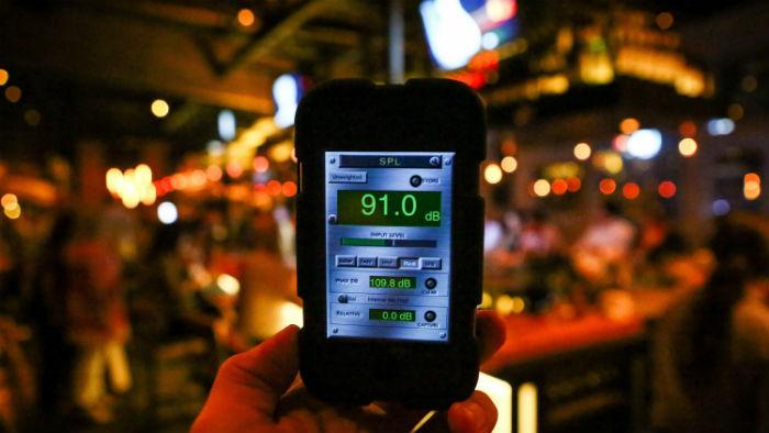 Что еще влияет на успех ресторана: уровень шума - 1
