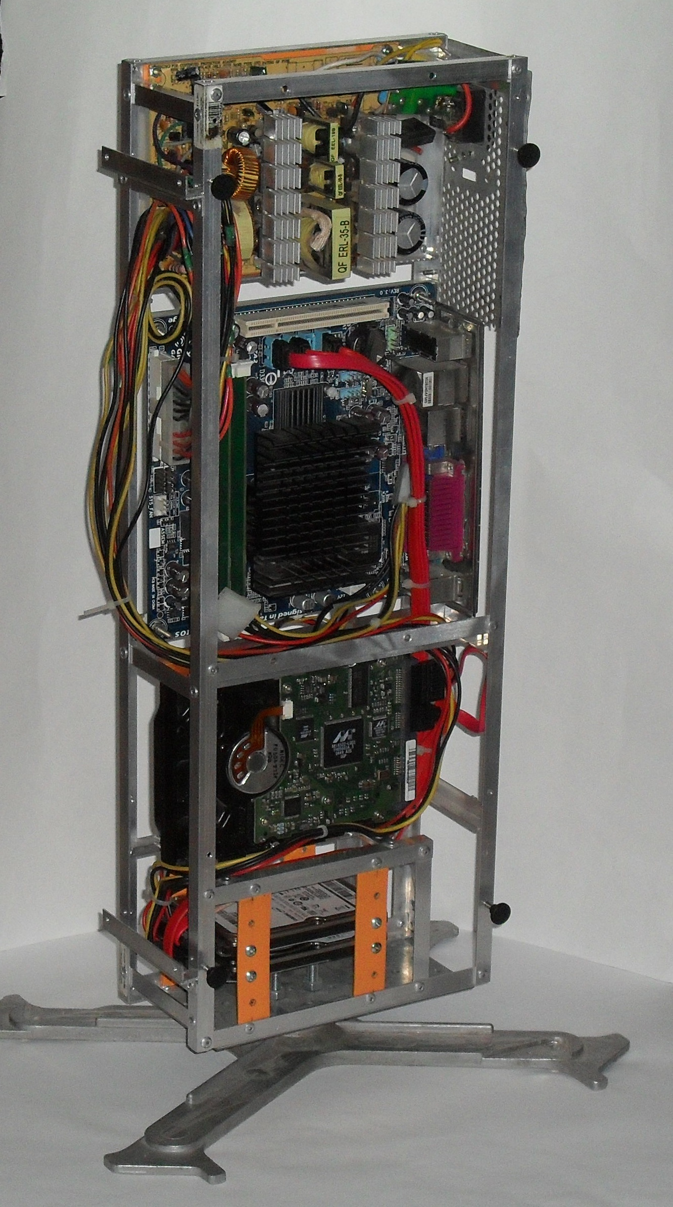 Еще один сервер из подручных средств с претензией на красоту - 21