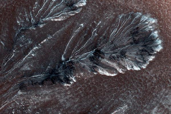 На Марсе найдены следы солёного озера - 1