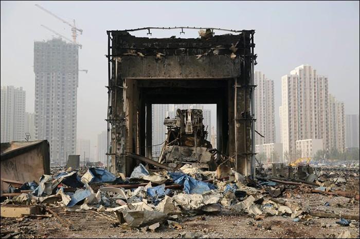 Власти Китая заблокировали 50 сайтов и 360 аккаунтов в соцсетях из-за слухов о последствиях взрыва в Тяньцзине - 3