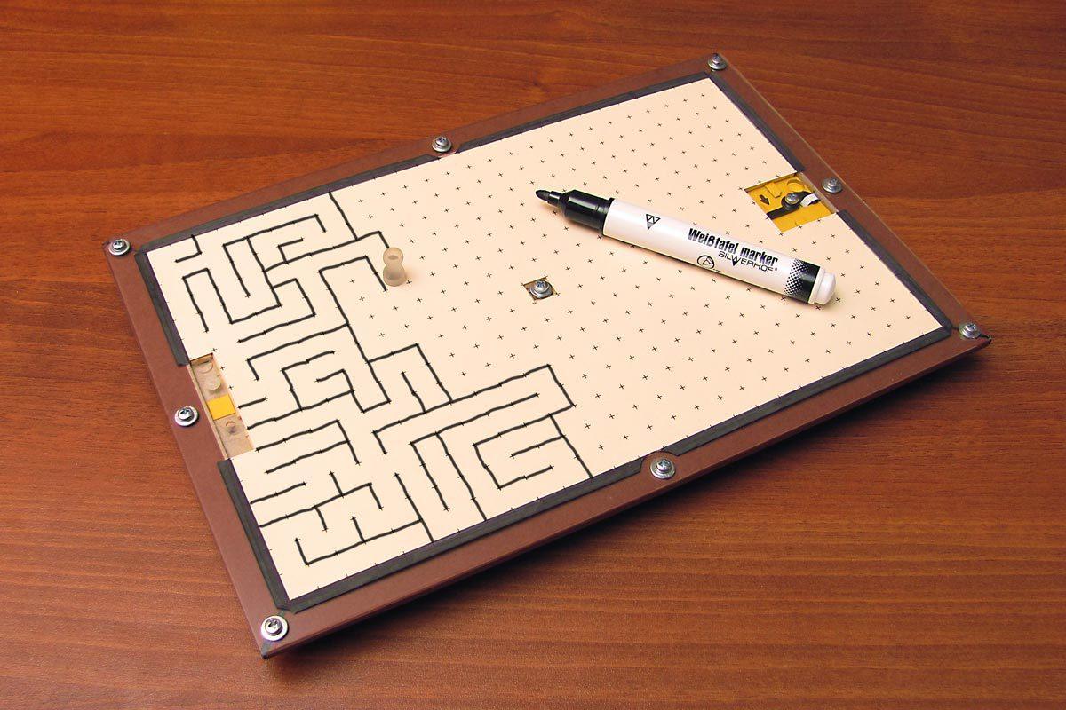 Открытка-лабиринт. Подарок, который невозможно открыть, не разгадав головоломку - 1
