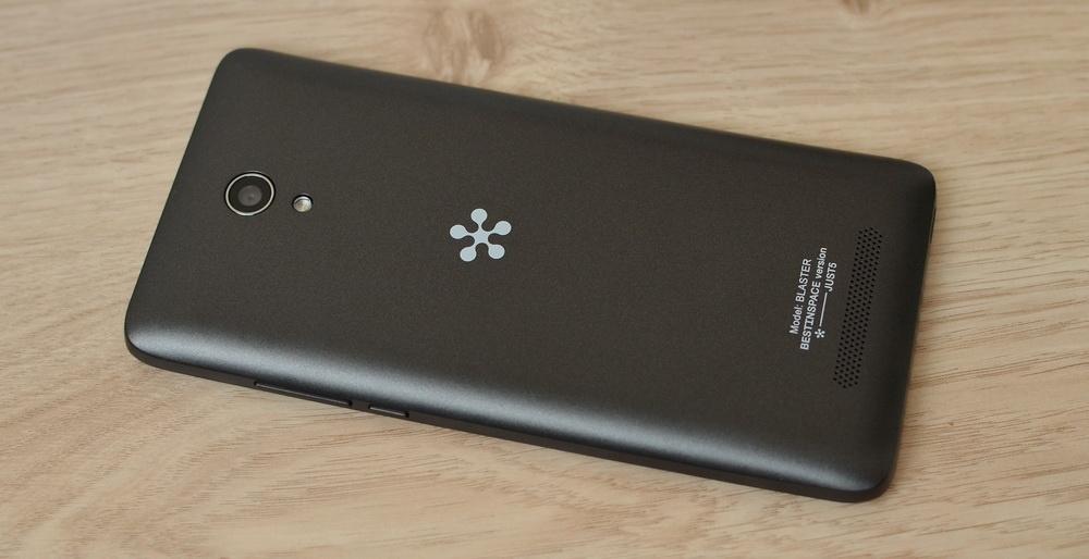 Обзор Just5 Blaster 2: новый дизайнерский смартфон от бренда, обогнавшего по продажам iPhone и Samsung* - 7