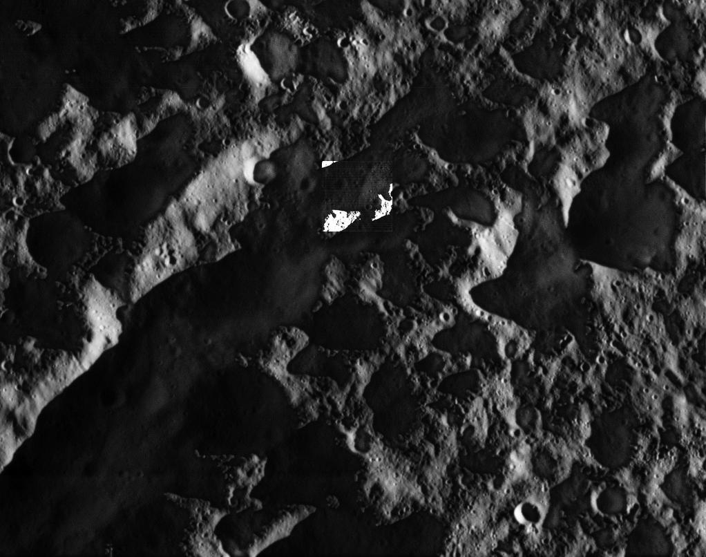 Станция Cassini передала качественные снимки спутника Сатурна Дионы - 3