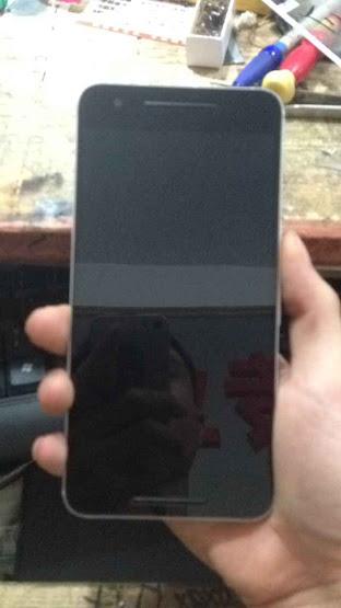 В Сети появились фотографии нового смартфона Huawei Nexus