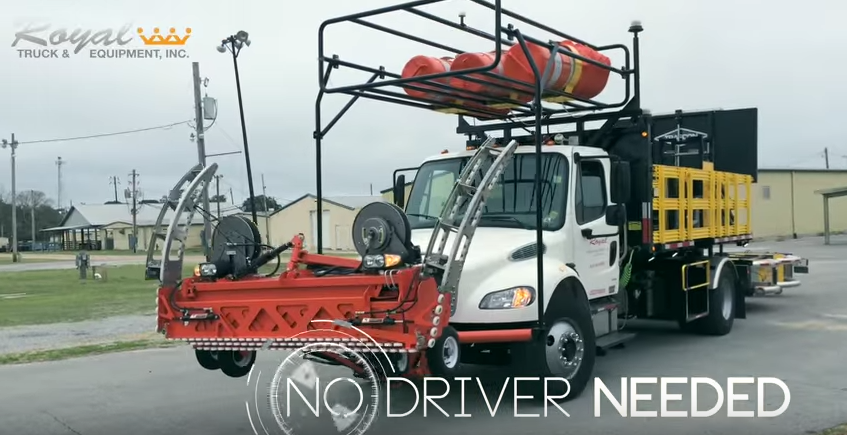 Беспилотные грузовики защитят дорожных рабочих на автомагистралях США - 1
