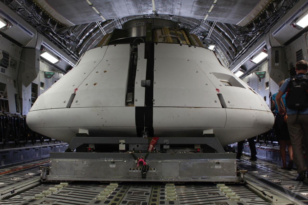 Космический корабль в пустыне: как прошло приземление капсулы Orion? - 2