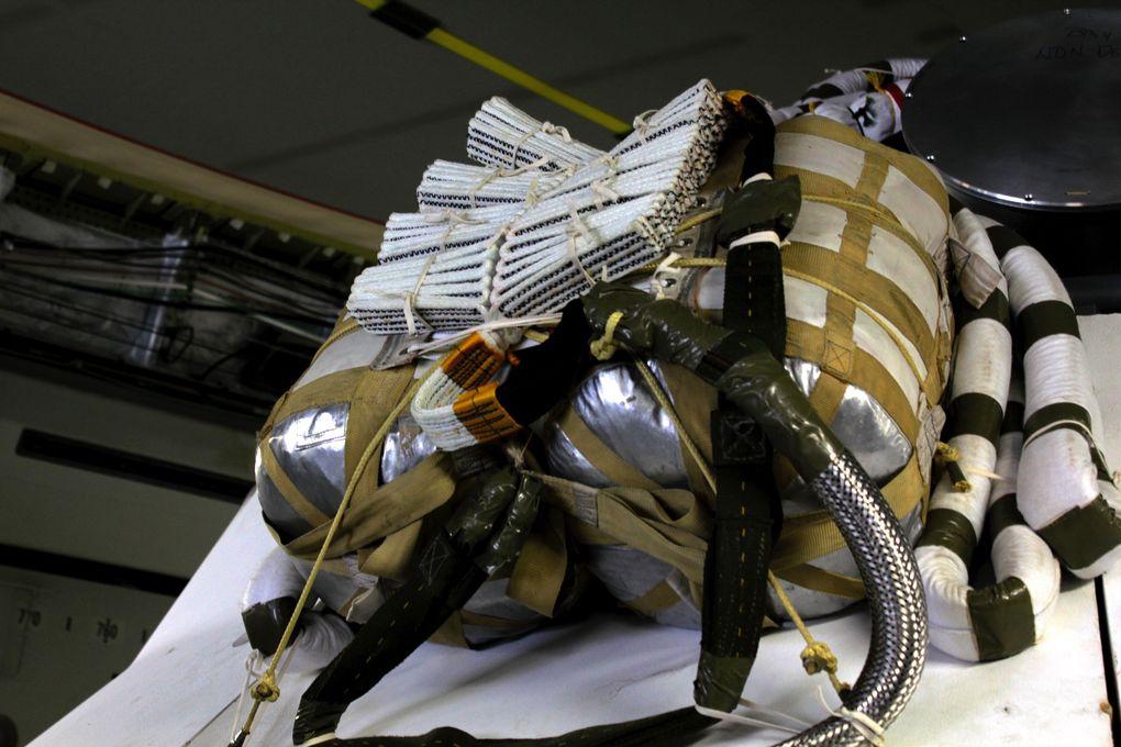 Космический корабль в пустыне: как прошло приземление капсулы Orion? - 6