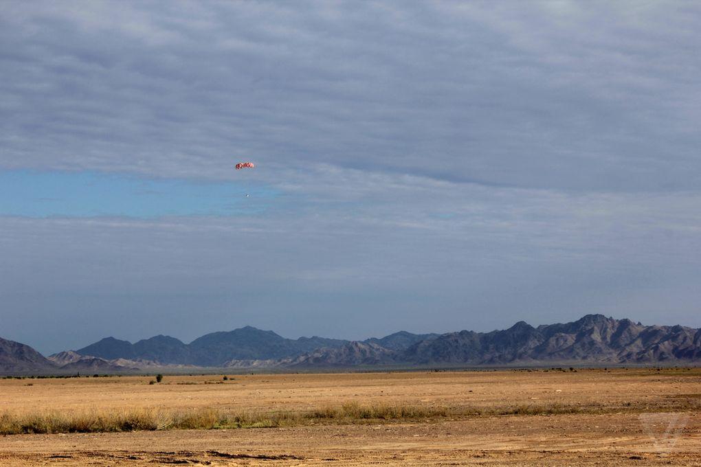 Космический корабль в пустыне: как прошло приземление капсулы Orion? - 7