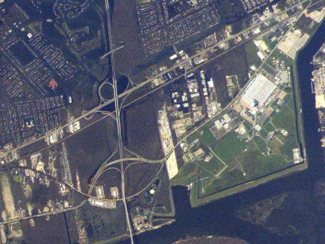 Как NASA защищало свой завод во время урагана «Катрина» - 1