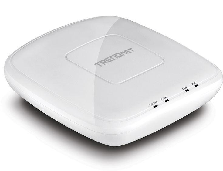 Точка доступа Trendnet TEW-821DAP работает в диапазонах 2,4 и 5 ГГц