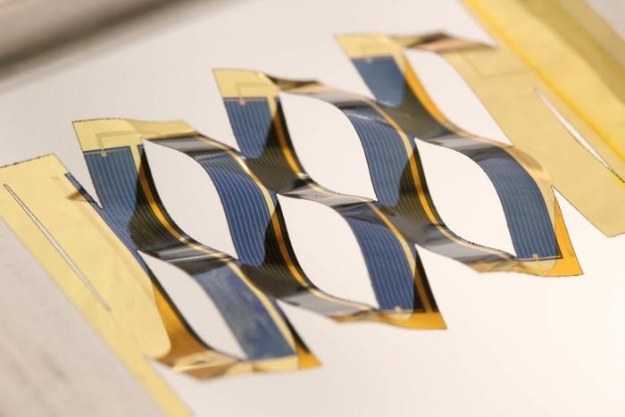 Японская техника киригами поворачивает солнечные панели к Солнцу - 1