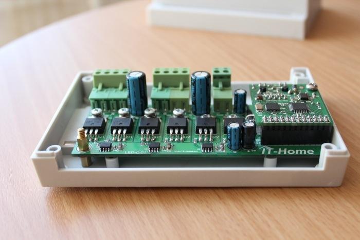 Контроллер управления светодиодными RGB-лентами LED-C-01 - 1