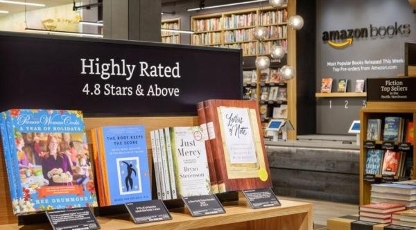 Amazon открыла первый оффлайновый книжный магазин Amazon Books