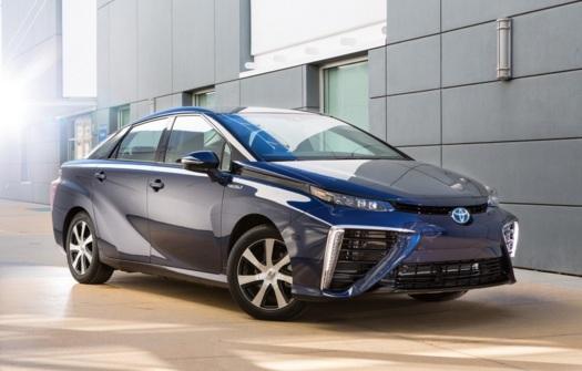 Toyota Mirai с водородным двигателем — «будущее» уже в Европе - 1