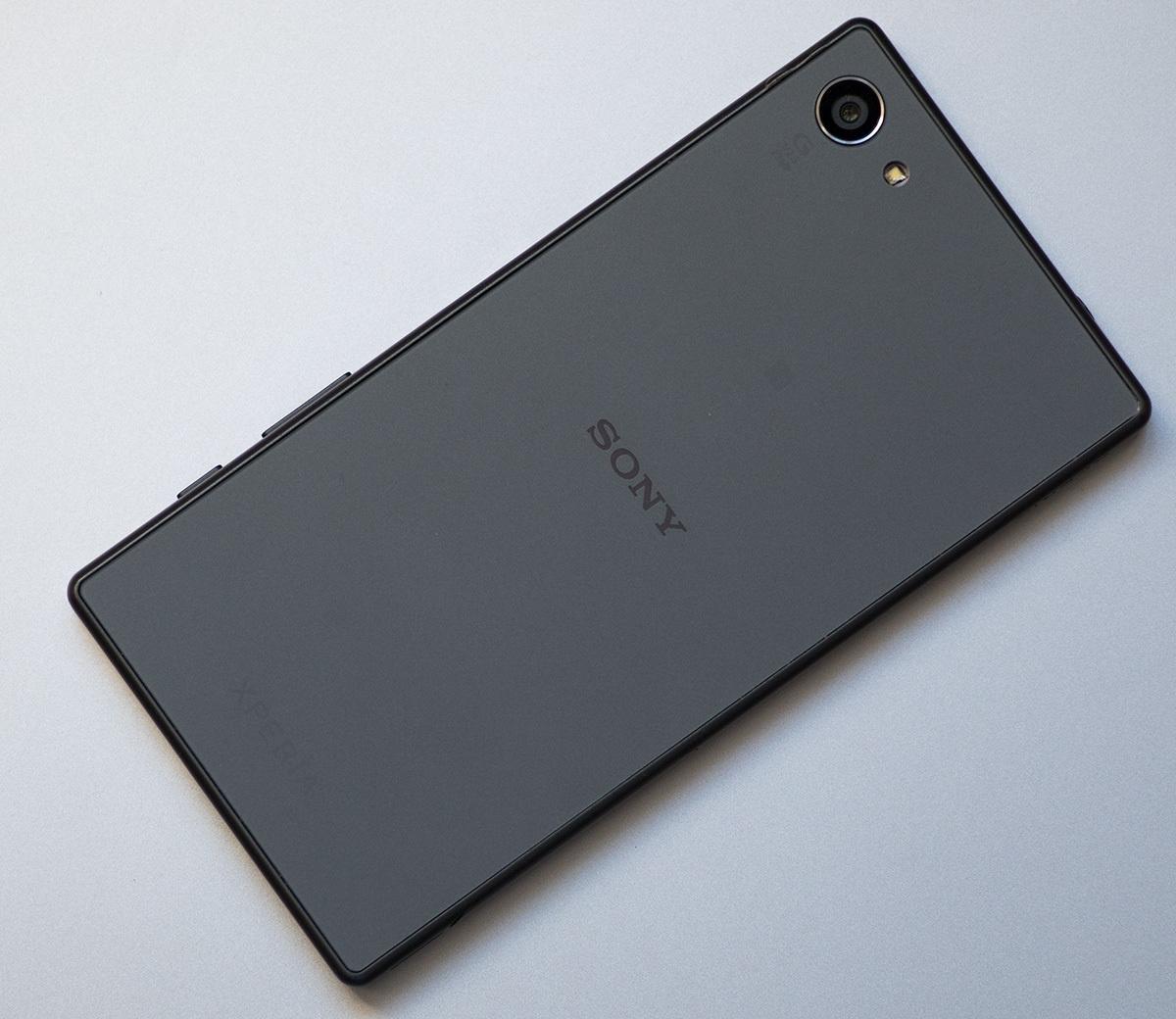 Обзор Sony Xperia Z5 Compact - 2