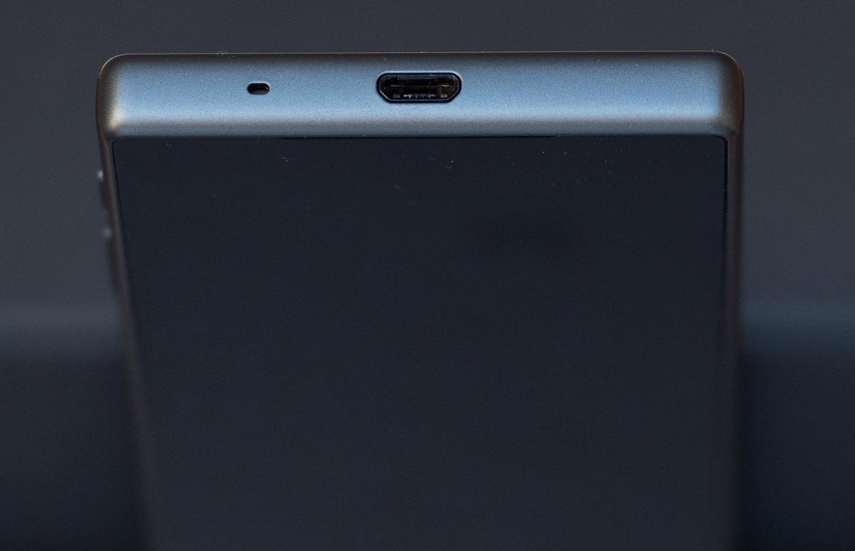 Обзор Sony Xperia Z5 Compact - 6