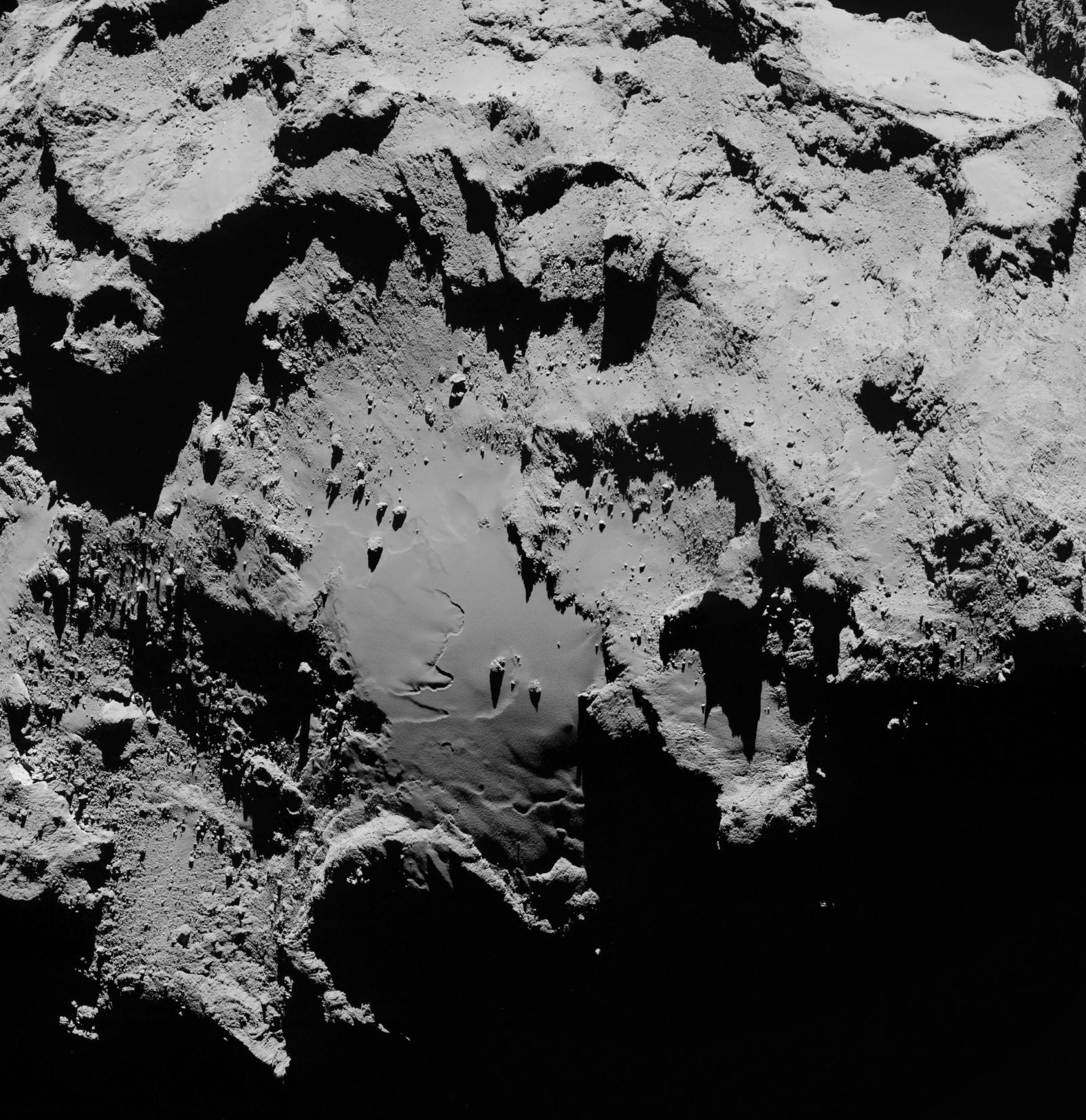 Космическое агентство ESA выложило в Сеть новые фотографии кометы Чурюмова-Герасименко - 4