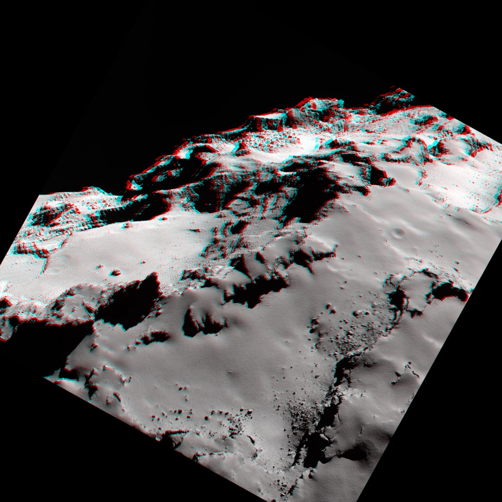 Космическое агентство ESA выложило в Сеть новые фотографии кометы Чурюмова-Герасименко - 5