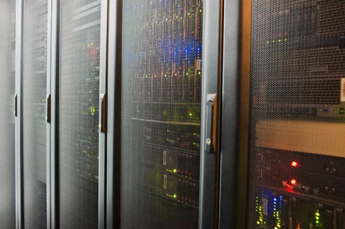 Трейдинг и «железо»: Как выглядят биржевые дата-центры - 1