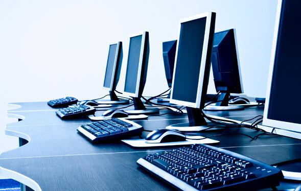 По оценке аналитиков, в следующем году рынок настольных компьютеров уменьшится, но не так ощутимо, как в этом