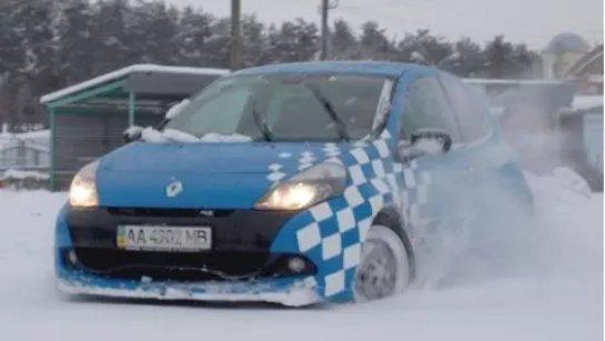 Это должен посмотреть каждый: видео-инструкция по зимнему вождению