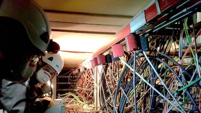Инженеры ЦЕРН должны распознать и отключить 9000 неиспользуемых кабелей - 1