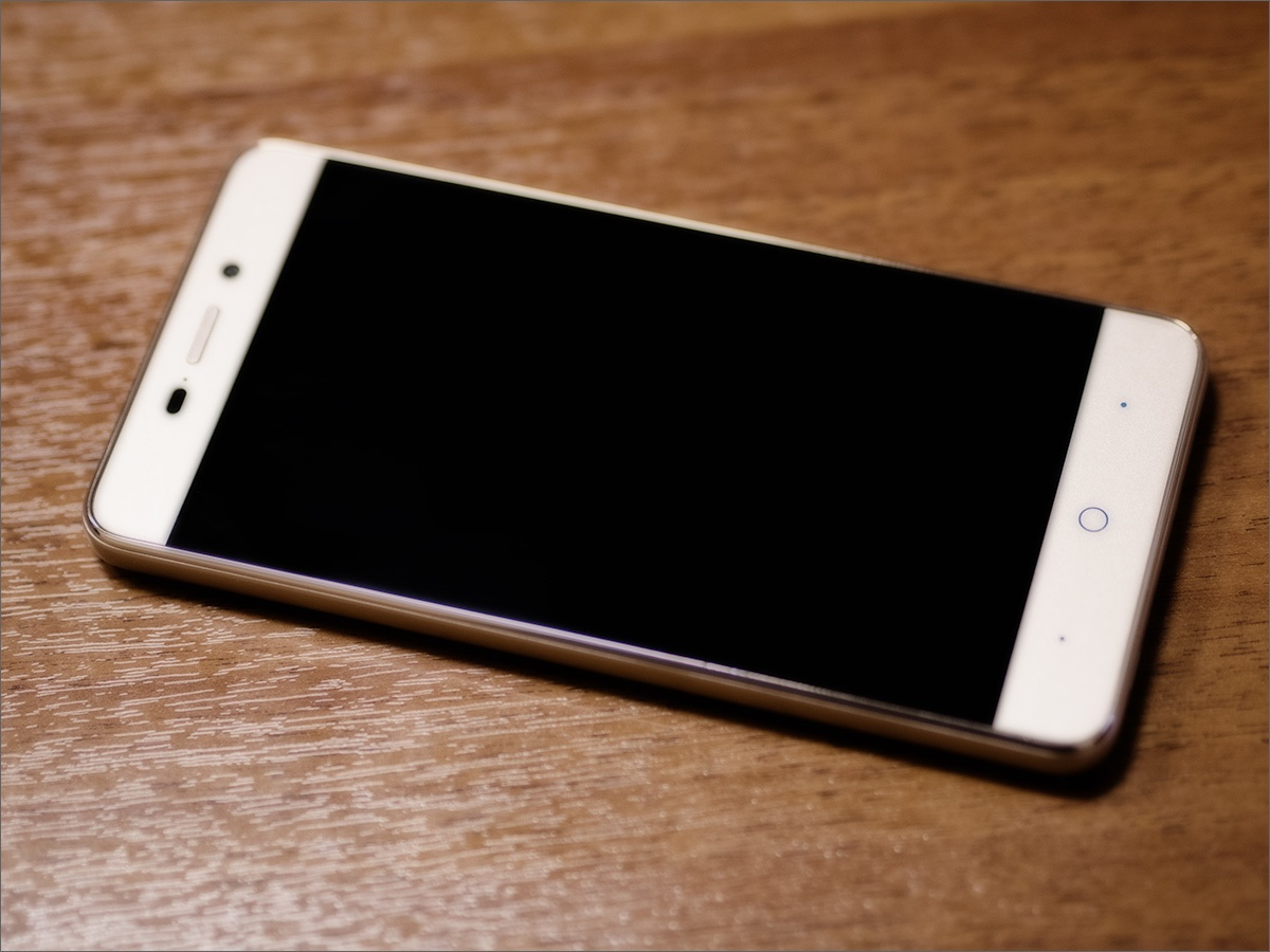 Обзор смартфона ZTE Blade X3 — новая реальность - 1