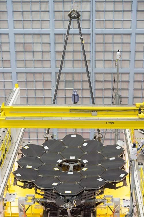 Основные зеркала телескопа им. Джеймса Уэбба собраны - 3