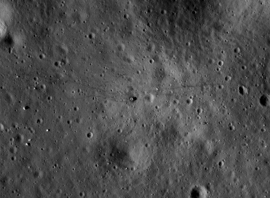 Почему «Хаббл» видит Плутон, но не видит «Аполлон»? - 9