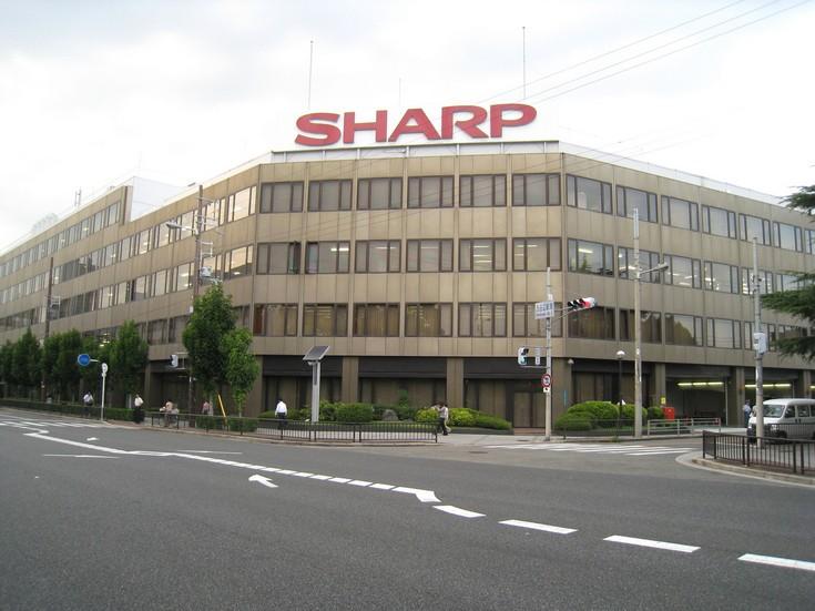 Sharp отчиталась за третий квартал 2015 года