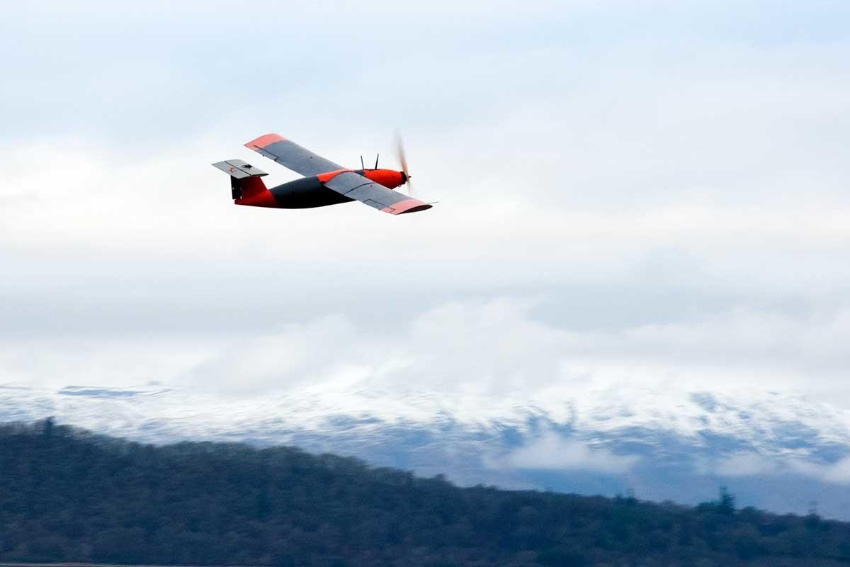 Беспилотный самолет на «твердом водороде» осуществил первый полет - 1