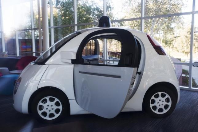 Национальное управление безопасностью движения на трассах США согласно видеть в бортовом компьютере беспилотной машины водителя