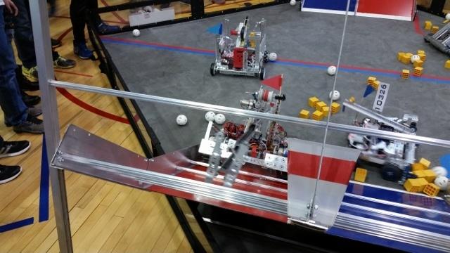 Школьные соревнования по робототехнике в штате Иллинойс, США - 8