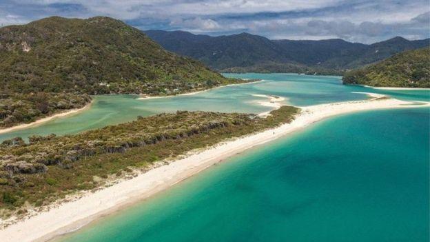 Краудфандинг позволил жителям Новой Зеландии выкупить пляж у бизнесмена, сделав его общественным - 3