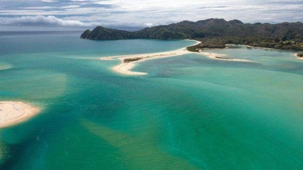 Краудфандинг позволил жителям Новой Зеландии выкупить пляж у бизнесмена, сделав его общественным - 5